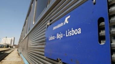 Centenas de bejenses contestaram fim do comboio Intercidades entre Beja e Lisboa