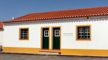 PS revela que edifício da Junta de Santana de Cambas (Mértola) pode ruir