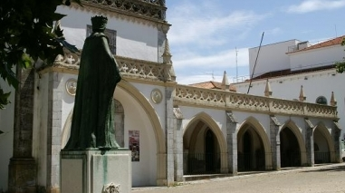 Perfil dos turistas e visitantes do Alentejo conhecido ainda este mês