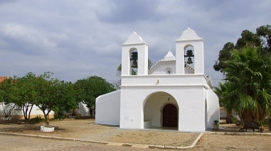 Casa do Povo de São Matias remodela sala de espectáculos