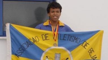 Felipe Silva (Bairro da Conceição) estabelece três novos recordes distritais