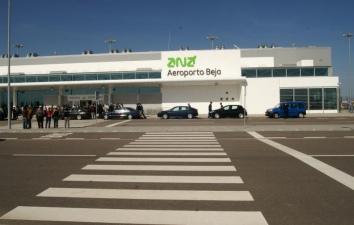 "Aeroporto de Beja promovido na feira ""Routes Europe 2011"""