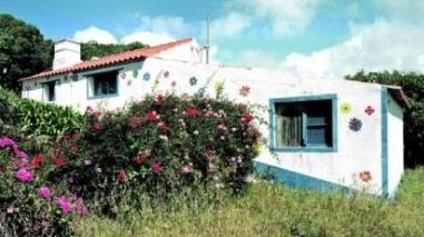 Associação DivaBrejão discute com Câmara de Odemira recuperação de casa de Amália
