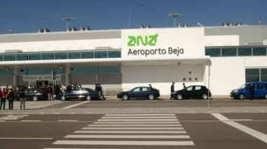 PSD critica Governo por ter aeroporto de Beja concluído e fechado