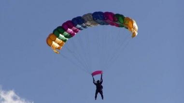 Ferreira do Alentejo inaugurou primeiro Centro Internacional de Paraquedismo em Portugal