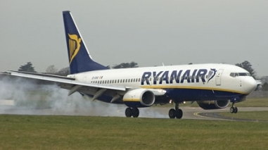 Ryanair admite discutir uma proposta de uso da pista do aeroporto de Beja