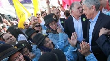 Sócrates em campanha na vila de Cuba com criticas duras ao PSD