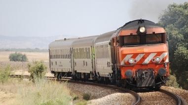 Assembleia Municipal de Beja quer discutir comboios no Parlamento