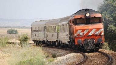 """Movimento """"Beja Merece"""" recebe garantia de estudo sobre electrificação da ferrovia até Beja"""