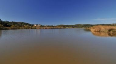 Passeios de barco ligam Odemira a Vila Nova de Milfontes até Outubro