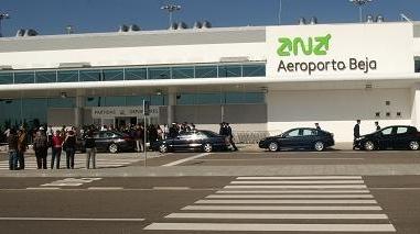 """Aeroporto de Beja apresenta avaliação média global de """"Muito Bom"""""""