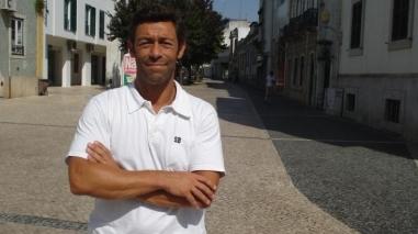 Pedro Caixinha a caminho do Nacional da Madeira