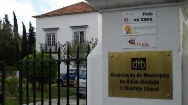Municípios PS e CDU do Baixo Alentejo vão reunir com trabalhadores em Beja