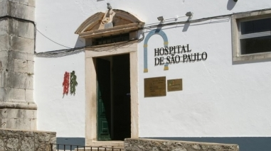 Petição entregue no Parlamento exige reposição de serviços no hospital de Serpa
