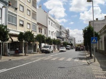 Câmara de Beja suspende candidaturas ao Fundo de Apoio às Microempresas em 2012