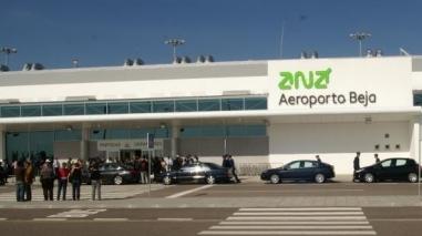 Municípios exigem ao Governo respostas sobre aeroporto de Beja e EDAB