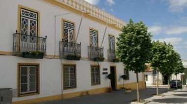 Câmara de Ferreira do Alentejo critica saída de municípios do Conservatório