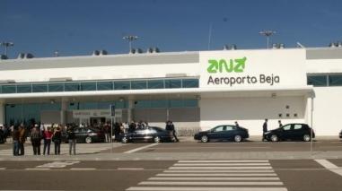 Ferreira do Alentejo quer integrar grupo de trabalho sobre o aeroporto de Beja