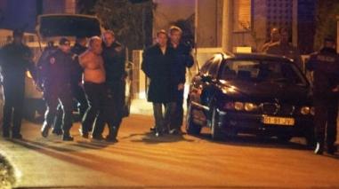 Populares aguardam chegada de homicida ao Tribunal de Beja (Actualizada)