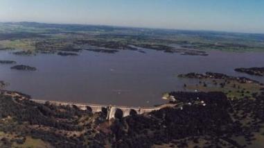 Regantes de Odivelas não querem pagar mais pela água da barragem do Alvito