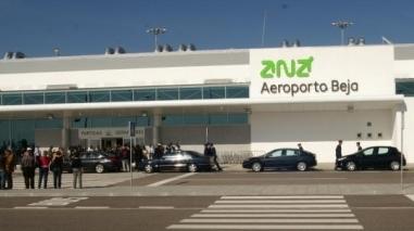 2.600 passageiros e 104 voos no primeiro ano de aeroporto de Beja