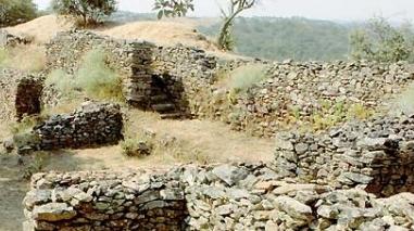 Câmara de Ourique promove passeio guiado pelo Circuito Arqueológico da Cola