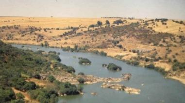 Câmara de Serpa promove viagens em canoa para descobrir o rio Guadiana
