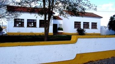 População de Selmes contesta fecho de escola básica