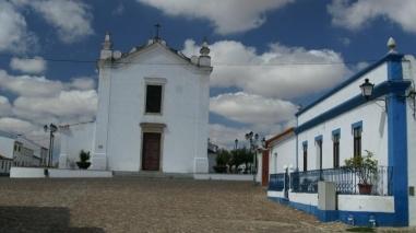 Desfile histórico e festa aberta à população na vila de Entradas