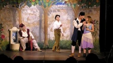 """""""Teatro ao Largo"""" apresenta espectáculos de rua no concelho de Odemira"""