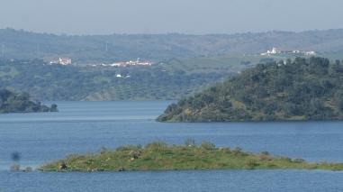 Projecto da EDIA quer fixar licenciados e mestres em cinco aldeias ribeirinhas do Alqueva