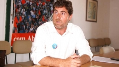 """João Ramos acusa Governo de """"falta de vontade política"""" para dinamizar aeroporto de Beja"""