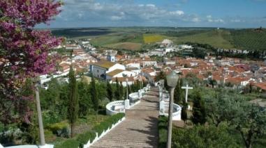 Autarca de Aljustrel apresenta projectos ao director regional de Economia