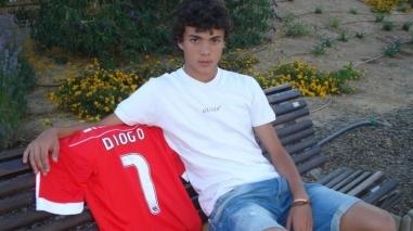 Almodovarense Diogo Gonçalves é grande esperança do Benfica