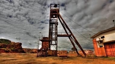 Ministro da Economia visita minas de Aljustrel e elogia sector mineiro
