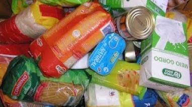 """Campanha """"Piscina Solidária"""" recolhe mais de mil bens alimentares em Aljustrel"""