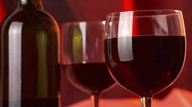 """Vinhos do Alentejo à """"prova"""" na cidade angolana de Luanda"""