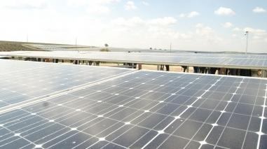 Moura desenvolve parcerias em Angola e São Tomé no sector da energia fotovoltaica