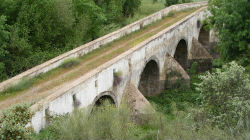 Ponte velha de Terena é