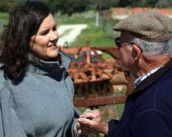 Ministra da Agricultura visita
