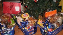 Cabazes de Natal entregues a