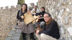 Cantigas do Baú apresenta