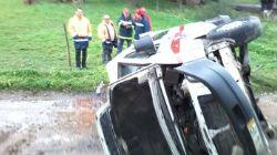 Ambulância colhida por