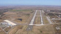 Deputado do PS quer aeroporto