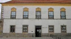 Biblioteca de Évora abre