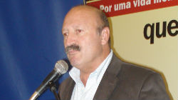 Manuel Camacho apresenta