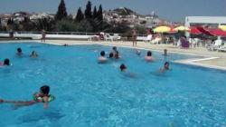 Festival aquático nas