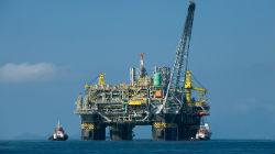 Prospecção de petróleo na costa vai avançar