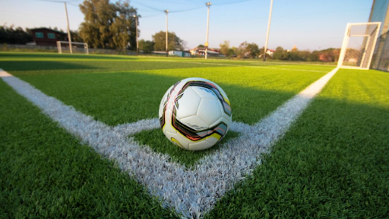 Campeonatos de futebol e futsal suspensos até dia 14