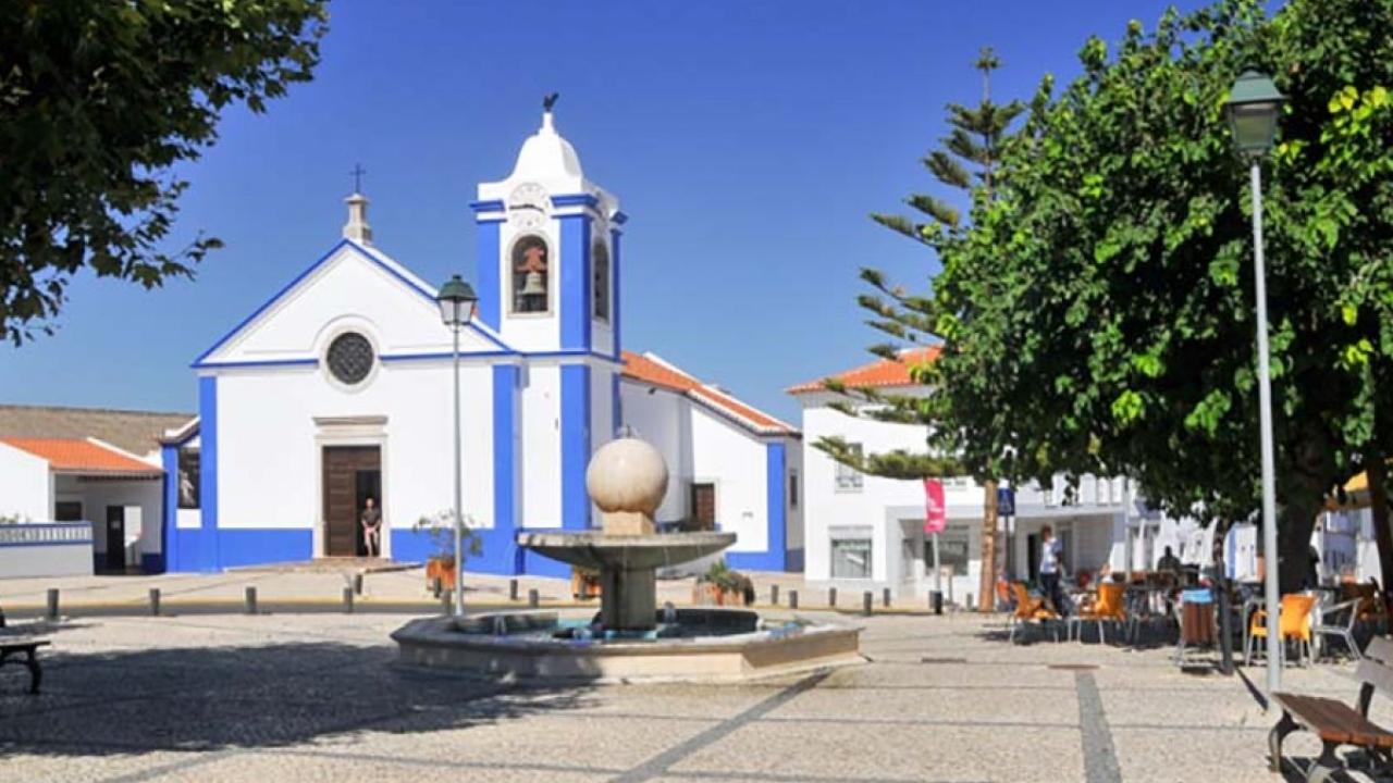 Associações da freguesia de São Teotónio ganham novas instalações